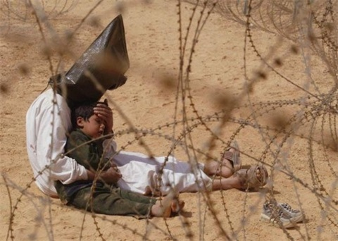 Iraqi_prisoner